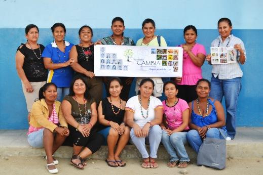 Mujeres Cambia Group Shot